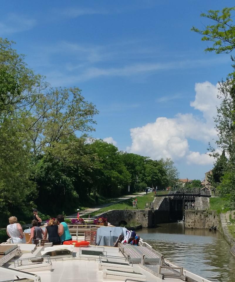 Location de péniche sur le Canal du Midi - Le Haricot Noir - gîte