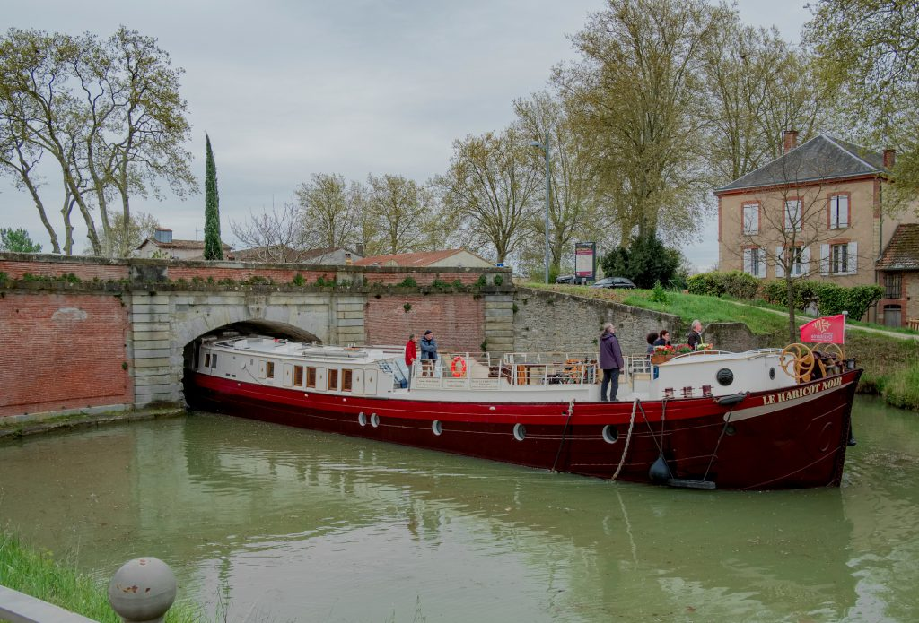 location de peniche sur le canal du Midi